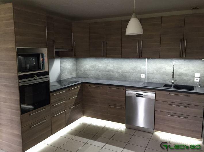eclairage led plan de travail cuisine led 39 s go. Black Bedroom Furniture Sets. Home Design Ideas