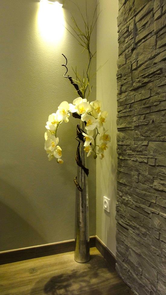 Luminaires LED dans le salon de beauté Evazion.