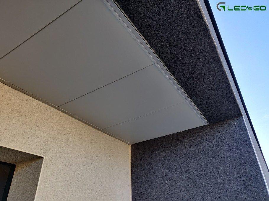 Avancée de toiture LED