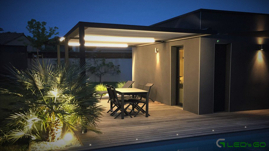 Eclairage rubans LED pergola